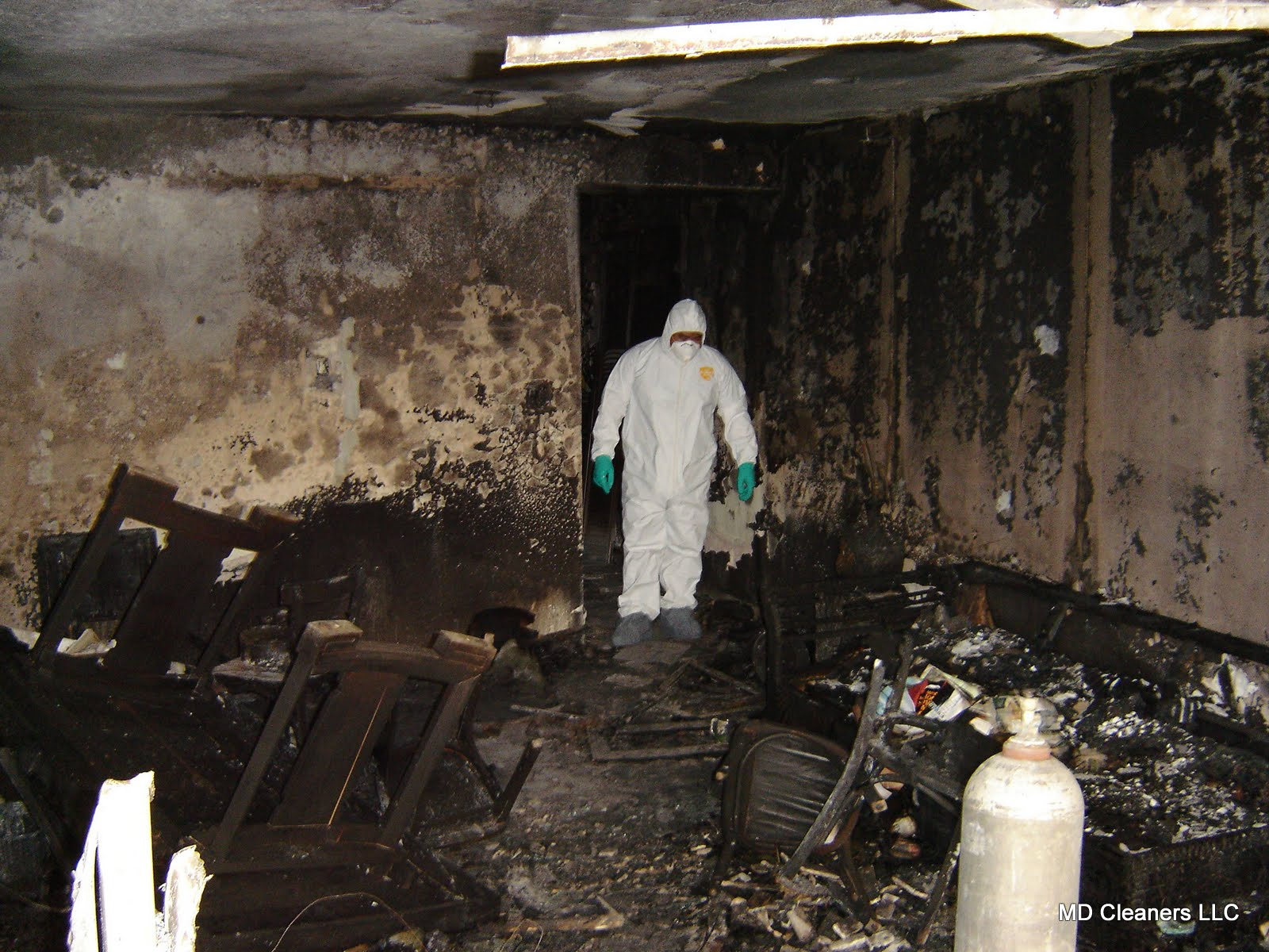 Miami Dade Fire, Mold, and Water Restoration Services-We do home restoration services like Servpro such as water damage restoration, water removal, mold removal, fire and smoke damage services, fire damage restoration, mold remediation inspection, and more